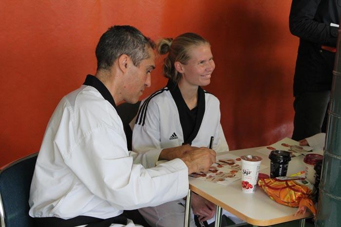Suvi Mikkonen og Jesus Ramala, þjálfari hennar.