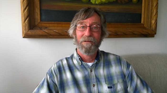Alan Shackelford, Bandaríkjunum.