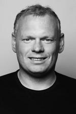 Sigursteinn Óskarsson er rafvirkjameistari og kennari og skipar 13. sæti á lista Bjartrar framtíðar.