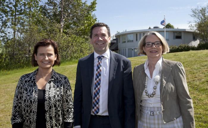 Theódóra S. Þorsteinsdóttir, Ármann Kr. Ólafsson og Margrét Friðriksdóttir