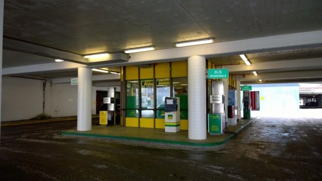 bensinstöð hamraborg